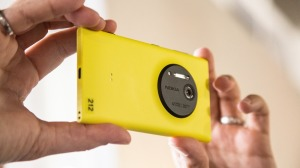 Nokia Unveils Lumia 1020: 41 MP Camera, 2GB RAM and with more